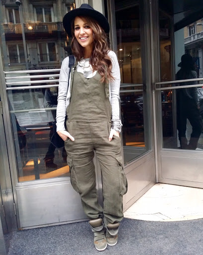 look with green overall