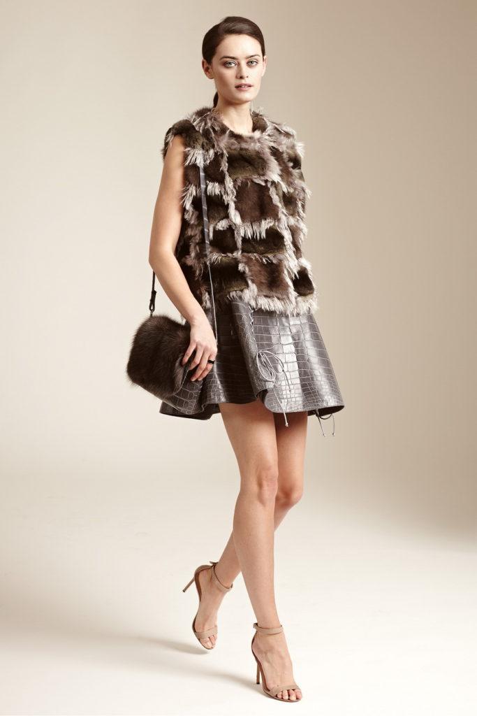 short leather skirt styles for autumn-winter