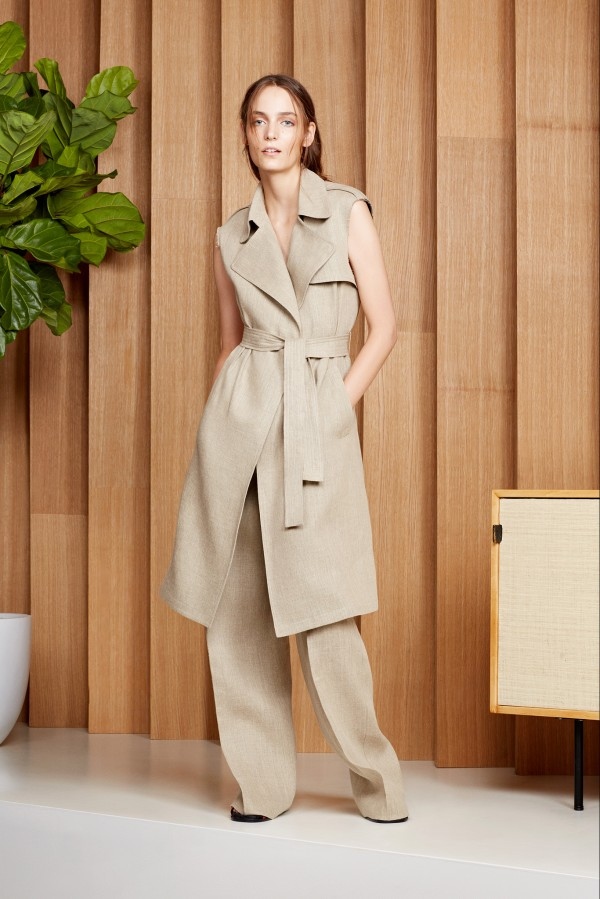beige sleeveless suit