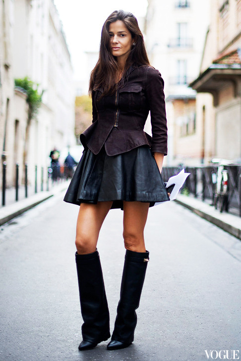 skater skirt with boots