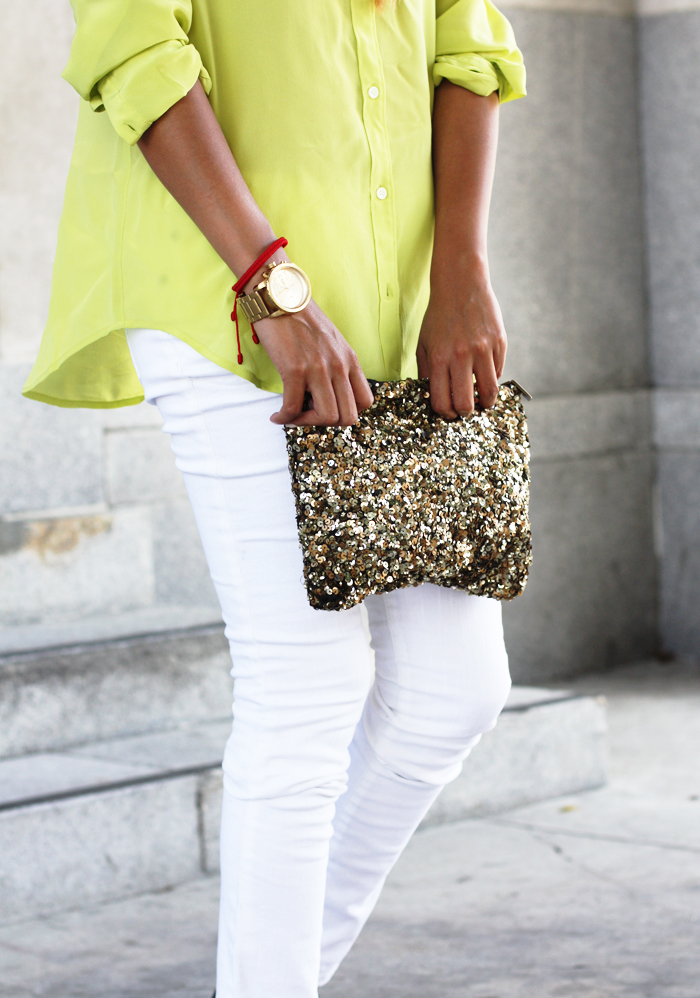 day look with white jeans