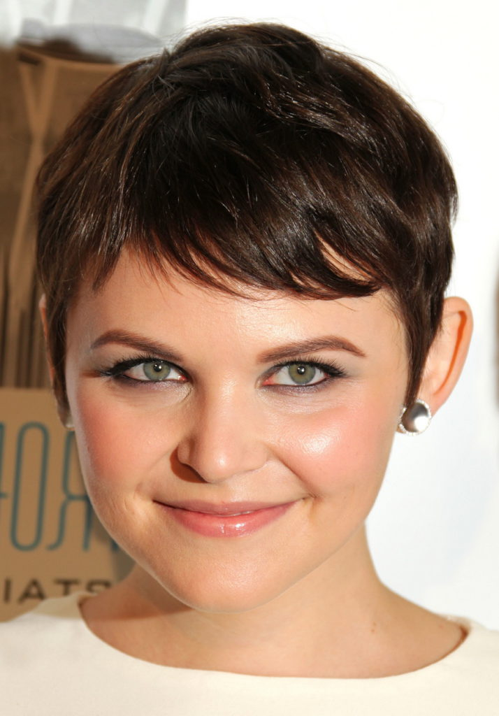 women's pixie style for round face