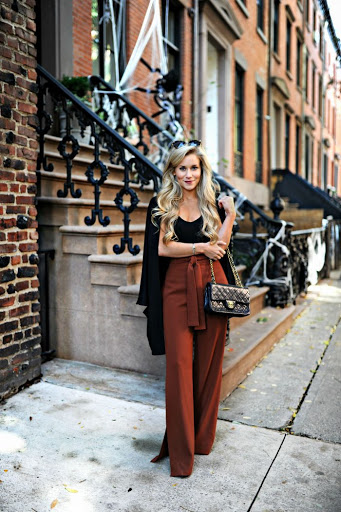 casual chic wide pants outfit