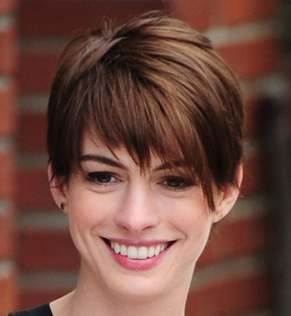 brunette short pixie haircuts for triangle inverted faces