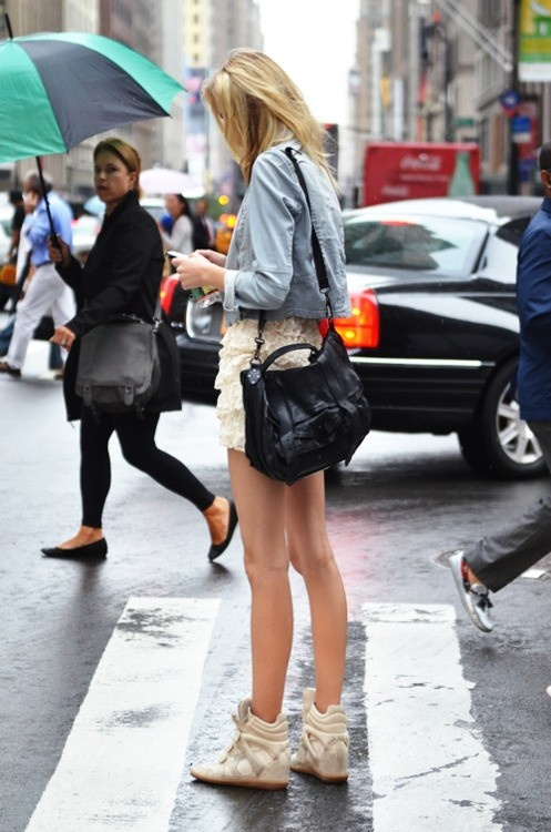 look with shorts and sneakers