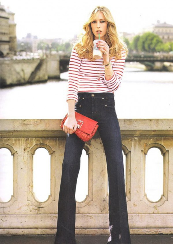 french chic look with flared jeans