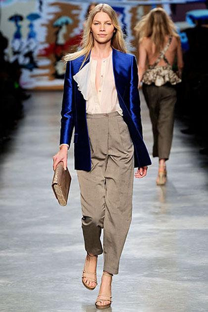 peg leg trousers trends