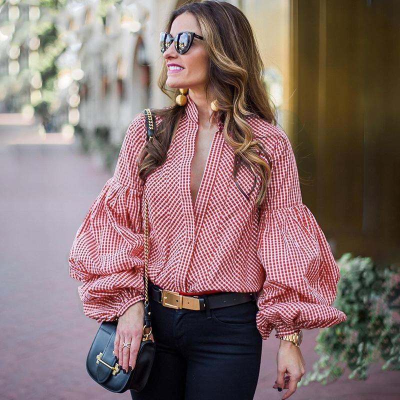 red puff sleeves shirt