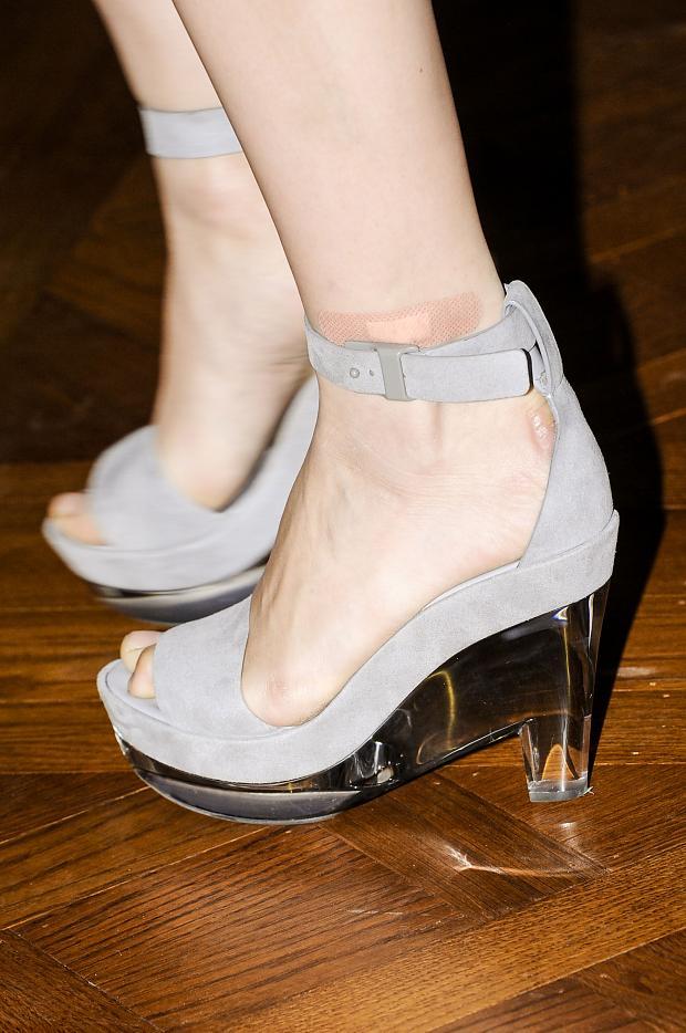 women's plastic shoes