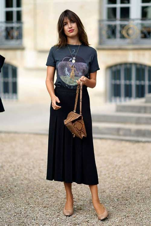 long skirt with t-shirt