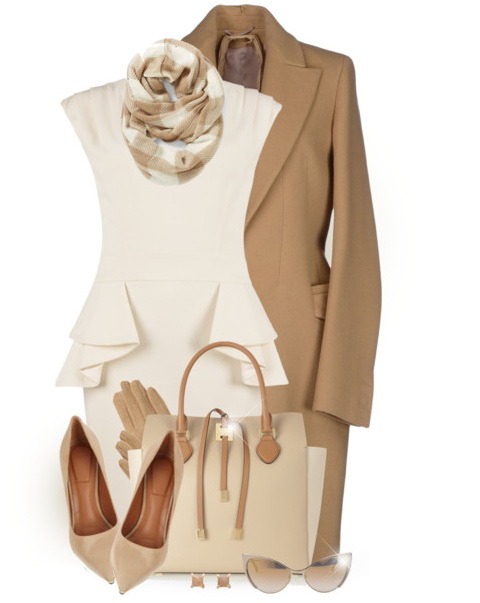 beige business casual outfit for women over 40