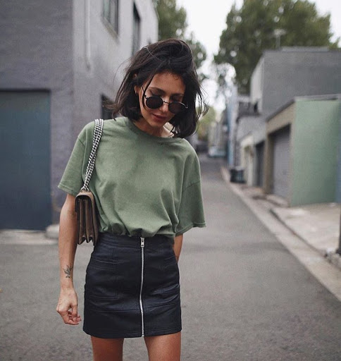 leather skirt with green t shirt