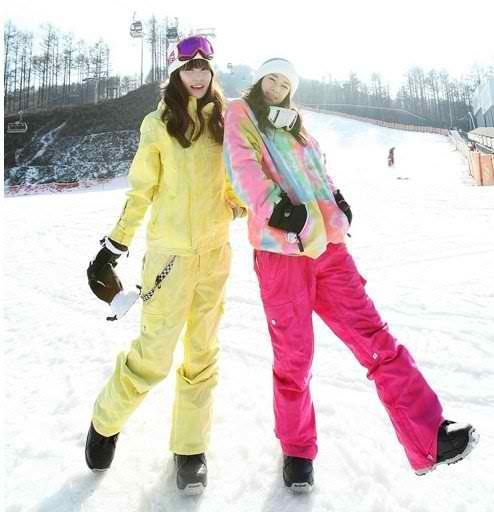 how to style ski clothing for women