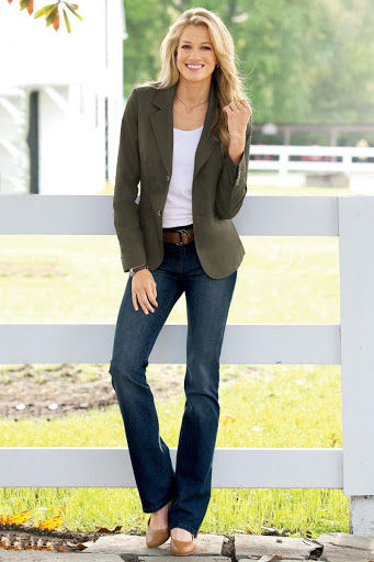 women's casual look with bootcut jeans