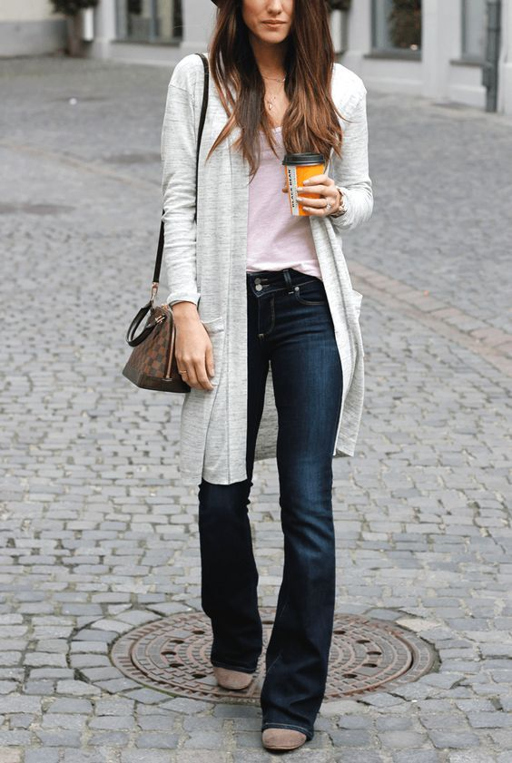 women's casual spring look