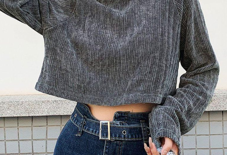 on trend cropped sweaters for fall winter
