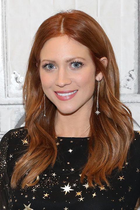 women's dark auburn red hair