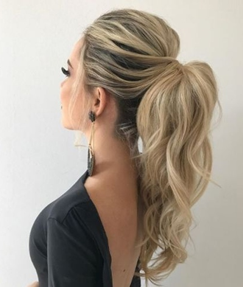 pony tail hair style for night outfits